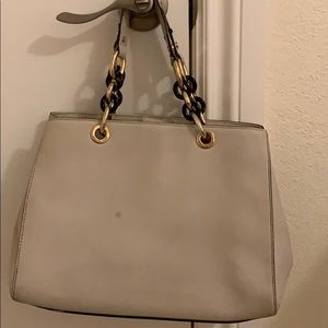 Michael Kors Bags - Michael Kors Hamilton cream colored bag
